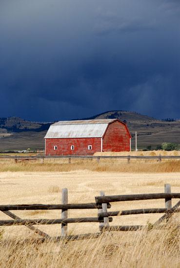 09_19_09_red_barn