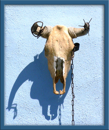 09_19_hanging_skull