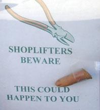 01_02_shoplifter