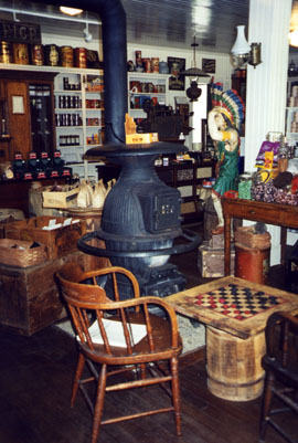 9_28_country_store